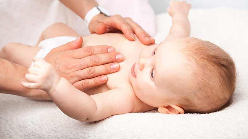 coliques-de-bebe-osteopathie-pour-les-soulager