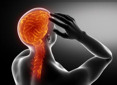 douleurs-cervicales-et-casque-moto